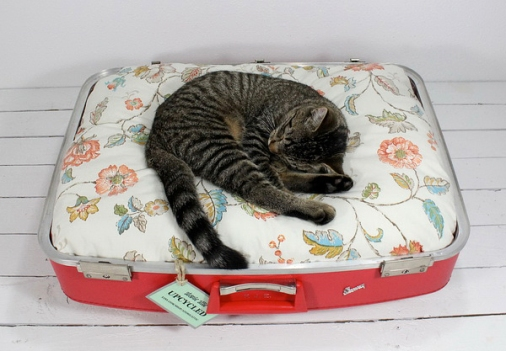 Upcycled-pet-beds-9